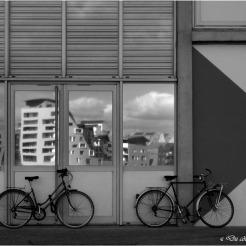 blog-p9286386-velos-hangar-bassin-a-flot-nb