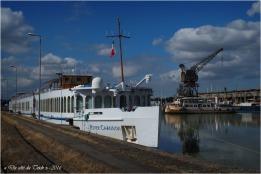 blog-p9286407-river-chanson-et-ville-de-bordeaux-bassin-a-flot-1