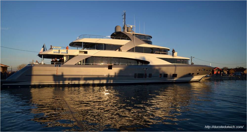 blog-dsc_40880-yacht-44-metres-couach