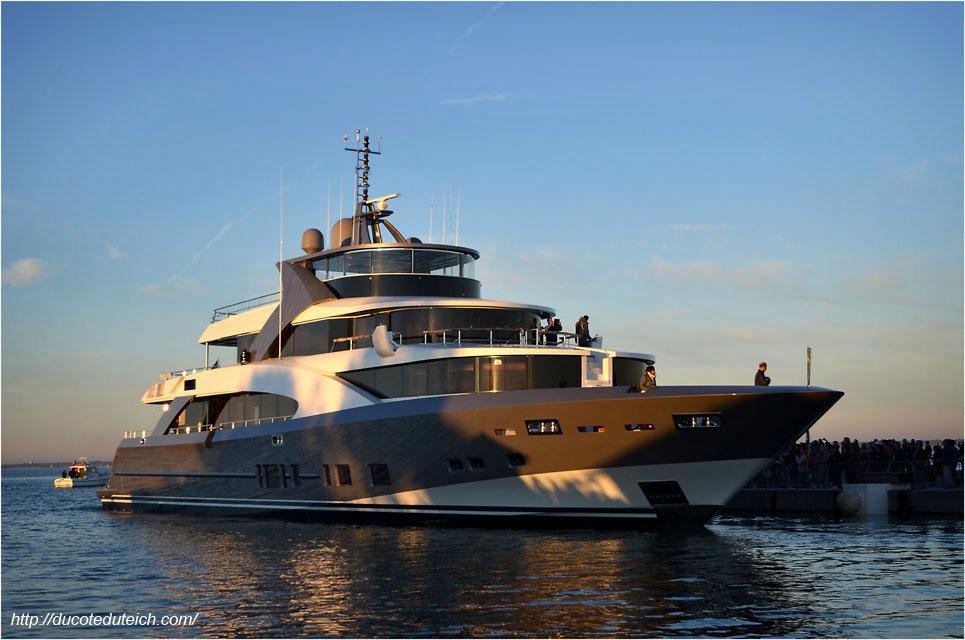 blog-dsc_40891-yacht-44-metres-couach