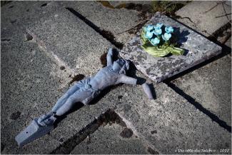 BLOG-P4108600-cimetière St Pierre du Mons N&R