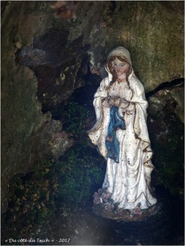 BLOG-P4108625-fontaine St Clair St Pierre de Mons