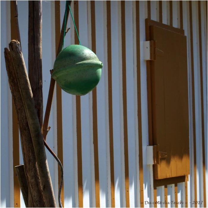 blog-p5099106-flotteur-cabane-les-jacquets.jpg