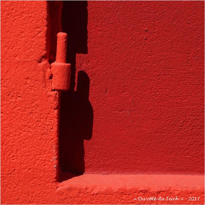 blog-p5229331-gond-mur-rouge-ici-et-la.jpg
