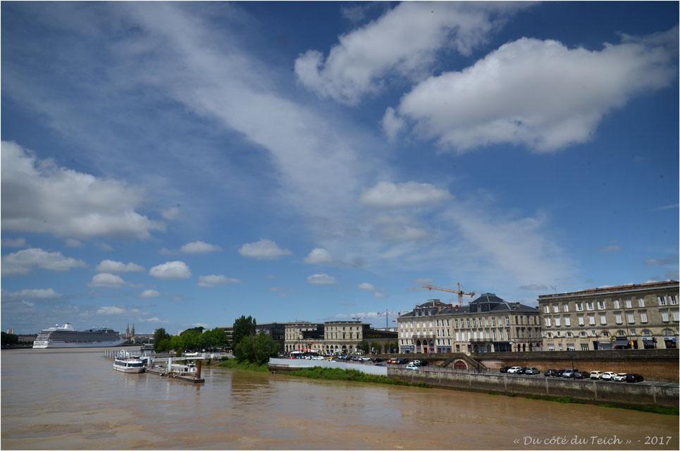 BLOG-DSC_41134-Marina croisières Burdigala et quais Bordeaux Bastide