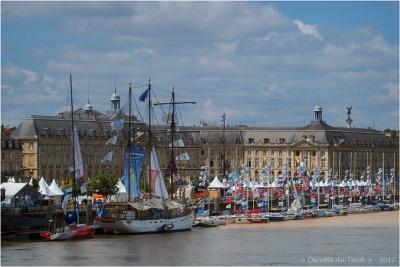 blog-p5309443-le-maritc3a9-et-solitaire-du-figaro-bordeaux-fc3aate-le-fleuve-2017.jpg