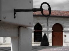 BLOG-P7110191-clé chateau Malescasse N&R