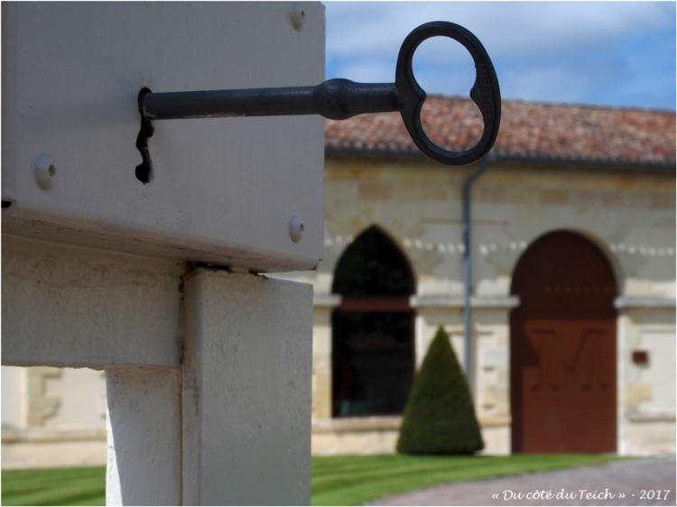 blog-p7110191-clc3a9-chateau-malescasse.jpg