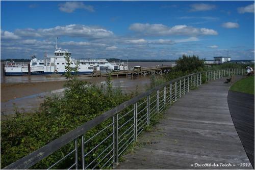 blog-p7110208-port-de-lamarque.jpg