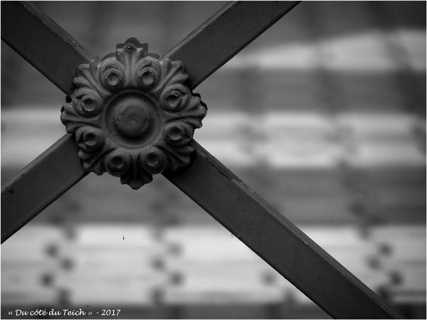 blog-p7310677-2-barriere-passage-pieton-nb.jpg