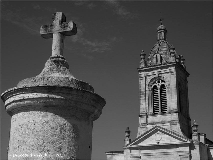 BLOG-P8010729-église St Michel Margaux N&B