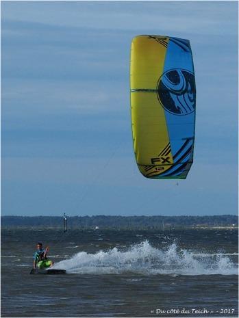 BLOG-P8050863-kitesurf le Canal