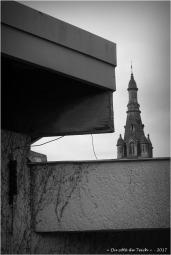 BLOG-P7310628-2-maternelle et clocher St André le Teich N&B