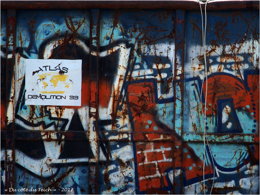 blog-p9242102-atlas-chantier-demolition-ecole-maternelle-du-delta-le-teich.jpg