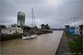 BLOG-DSC_41449-passage écluse bassins à flot et cité du vin Bordeaux