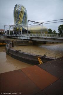 BLOG-DSC_41463-écluse pont tournant et cité du vin Bordeaux