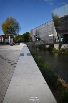 BLOG-DSC_41907-médiathèque Montargis