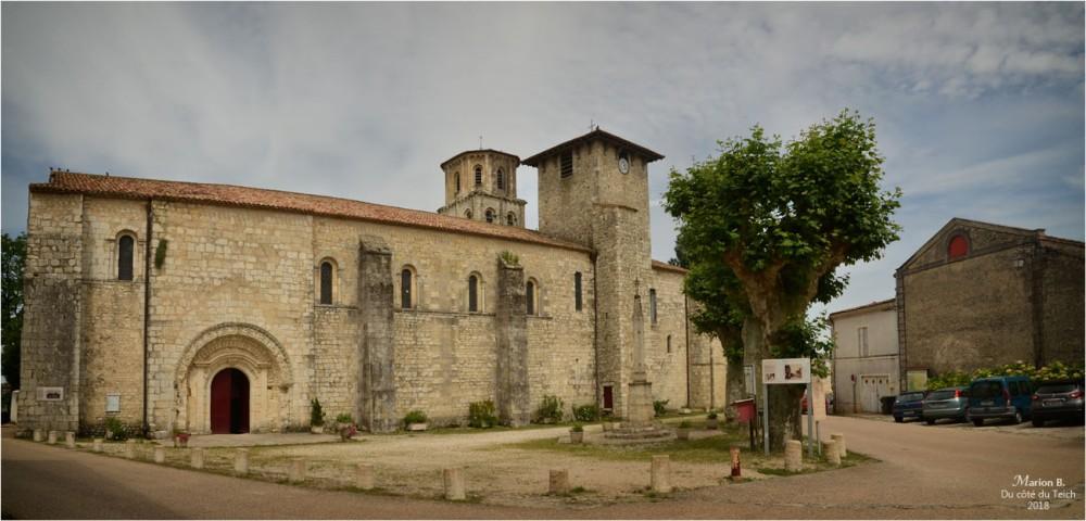 BLOG-DSC_44042-43-église St Pierre de Vertheuil