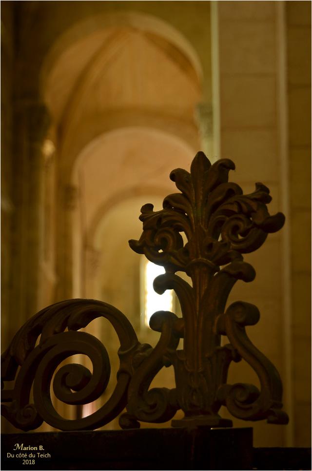 BLOG-DSC_44061-église St Pierre de Vertheuil