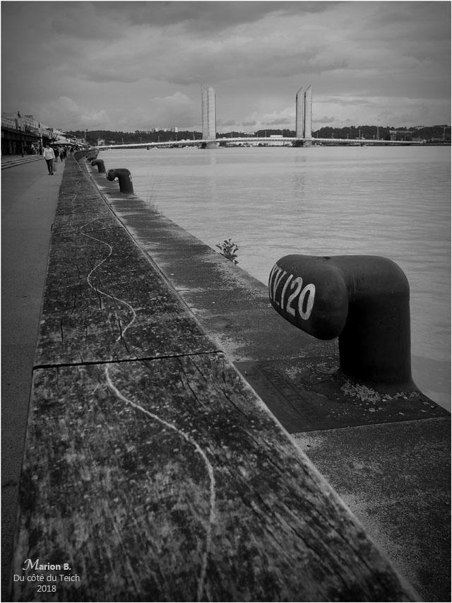 BLOG-P6122314-quais Bordeaux et pont Chaban Delmas N&B