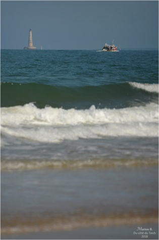 BLOG-DSC_44353-phare Cordouan et bateau de pêche