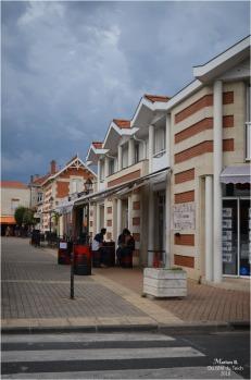 BLOG-DSC_44728-centre-ville Soulac MitchTatoo