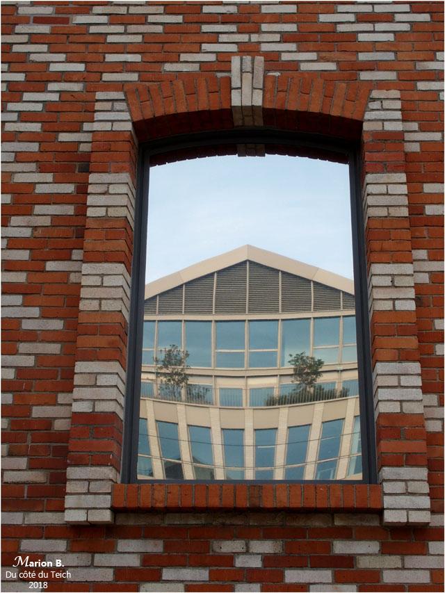 BLOG-PA183800-reflet quai de Bacalan Bordeaux