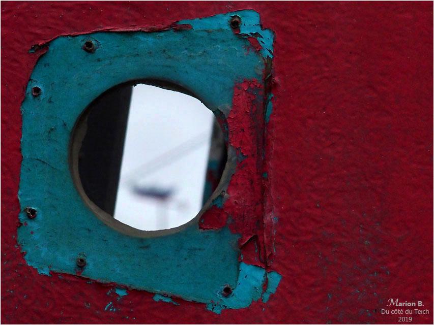 blog-p1010204-1-vieille coque et girouette