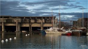 BLOG-P2060549-2-bassin à flot base sous marine et pont Aquitaine Bordeaux