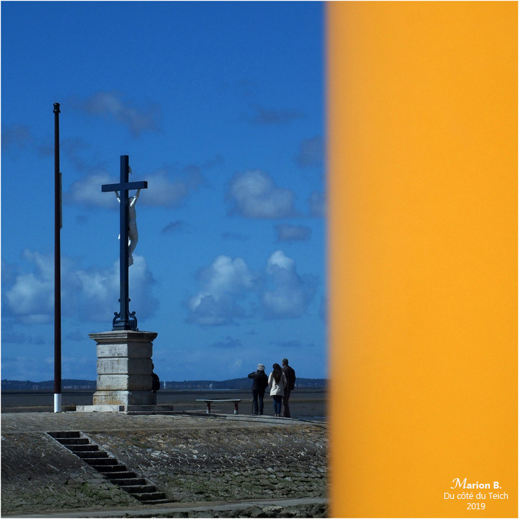 blog-p4071218-portique-levage-et-christ-jetc3a9e-larros.jpg