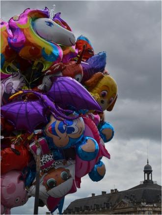 BLOG-DSC_46865-ballons quais Bordeaux