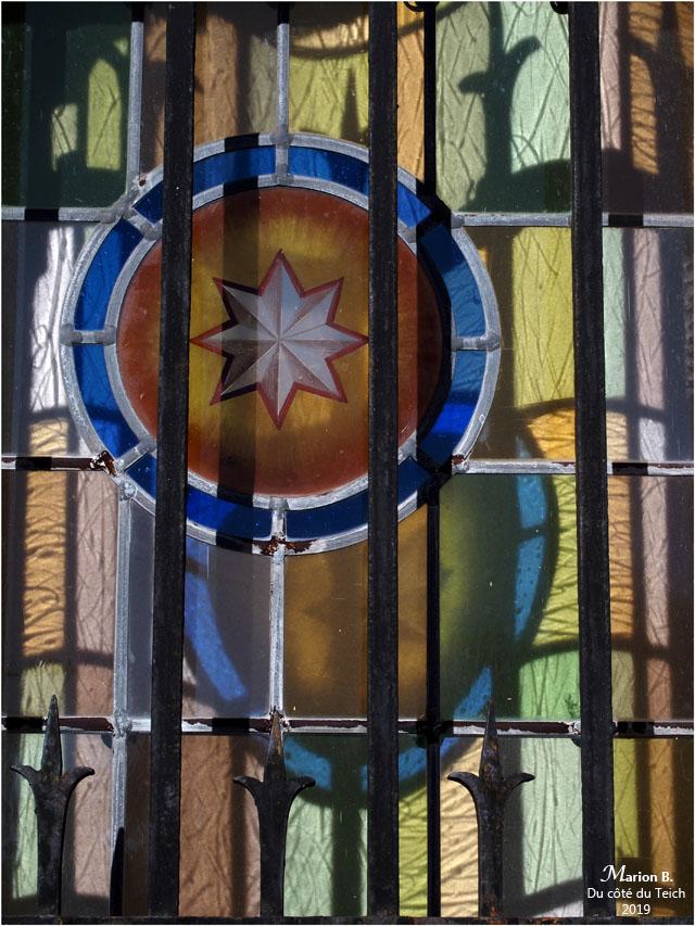 BLOG-P9132453-grille et vitraille basilique ND Arcachon