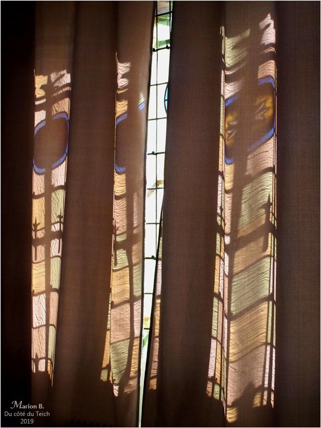 BLOG-P9132497-rideau et vitraux