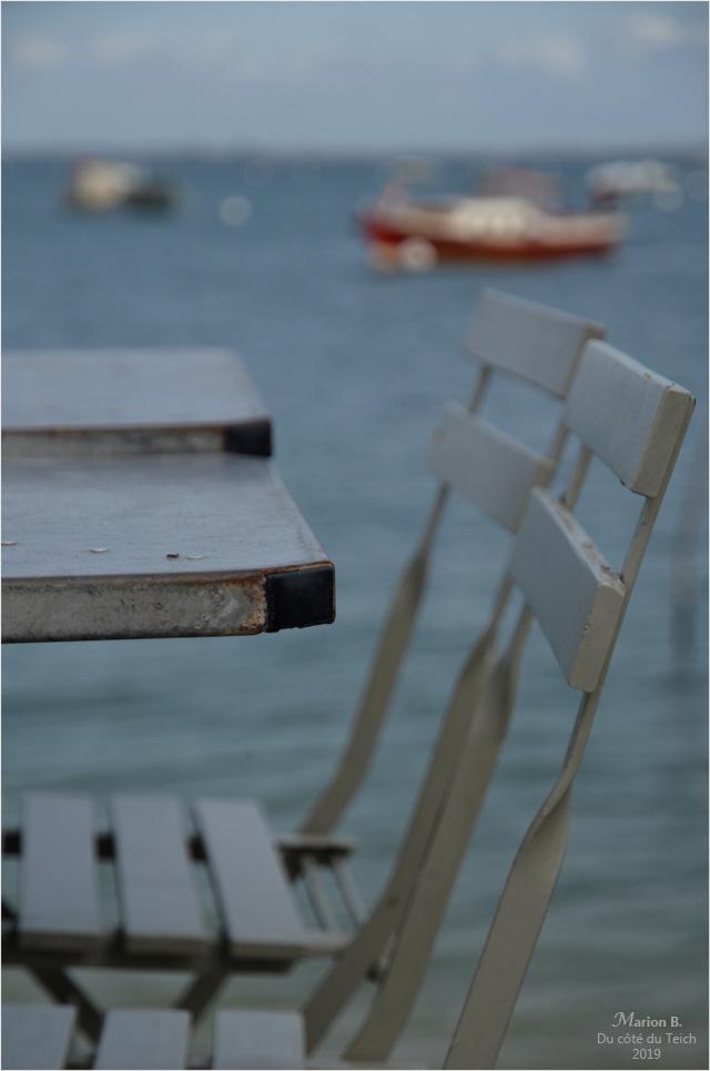 BLOG-DSC_47846-tables chaises et pinasse