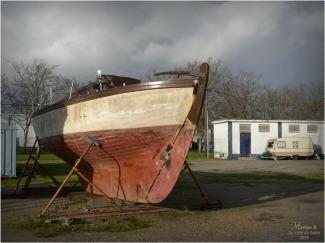 BLOG-P1000261-bateau et caravane bassins à flot