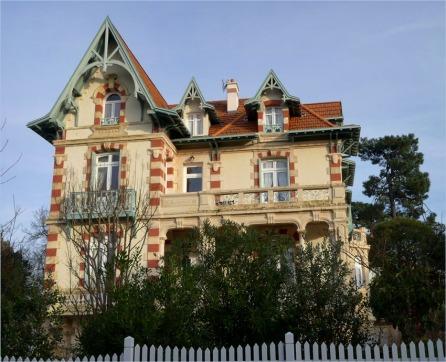 BLOG-P1000513-Burgundia ville d'hiver