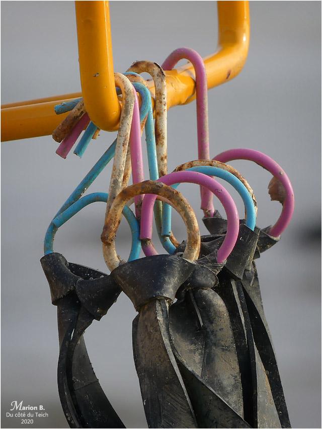 BLOG-P1000720-crochetset élastiques fixation
