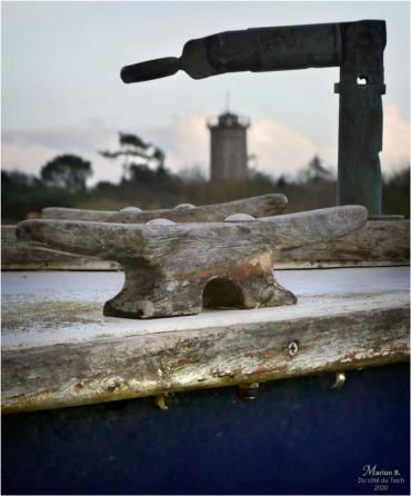 BLOG-P1020240-2-pinasse et château d'eau Audenge