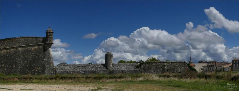blog-p1040979-2-banniere-citadelle-et-ville-blaye.jpg